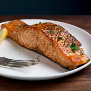 Boneless & Skin On Atlantic Salmon Fillet (6-8 portions)